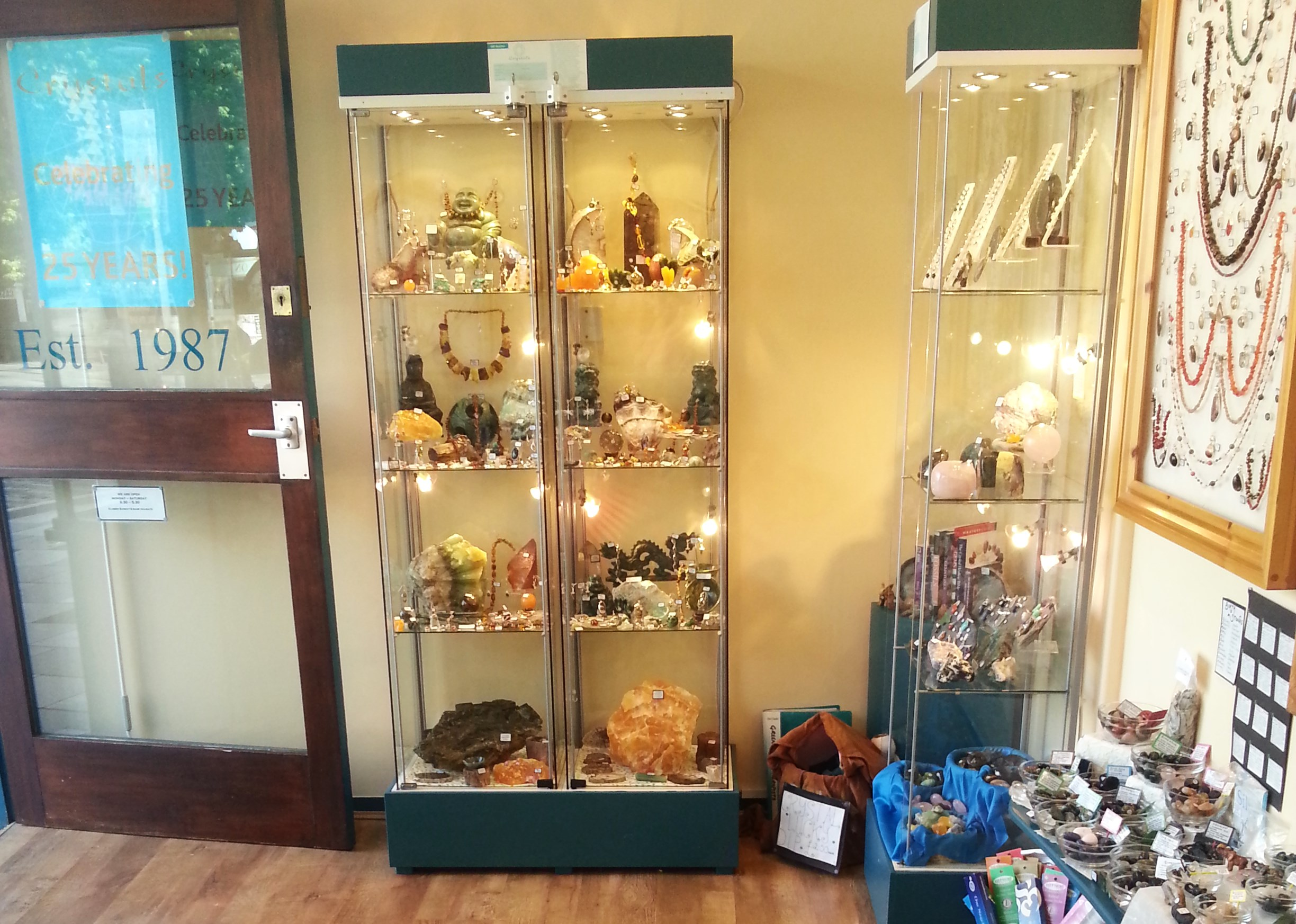 plymouth shop jewellery fossils gemstones